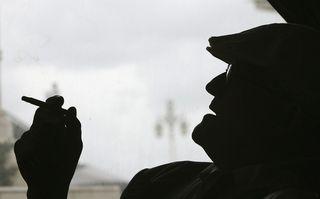 Hockney fumando